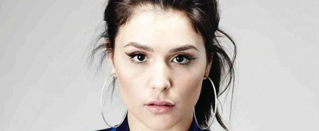 Jessie Ware se deja remezclar por los Red Bull Studios