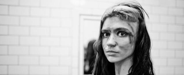 """Grimes comparte la demo de """"Go"""""""