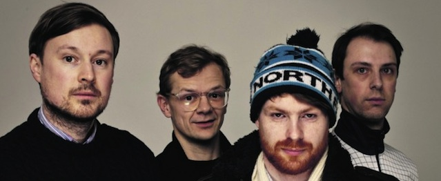 "Django Django comparten ""Reflections"""