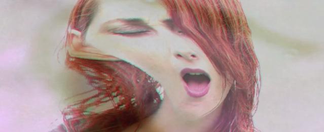 Tamaryn se distorsiona en su nuevo videoclip