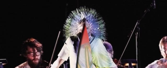 """Björk lanza """"Vulnicura"""" sólo con cuerdas y su voz"""