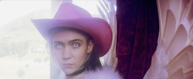 Grimes comparte nuevo single y fecha de lanzamiento