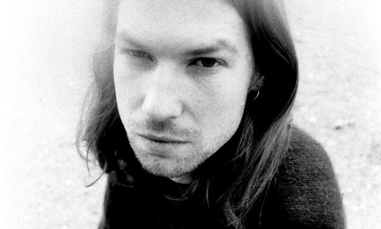 """Aphex Twin ofrece una versión alternativa de """"Avril 14th"""""""