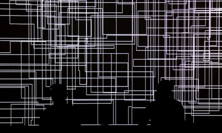 Sumérgete en el infierno digital de Cyclo (Ryoji Ikeda y Carsten Nicolai)