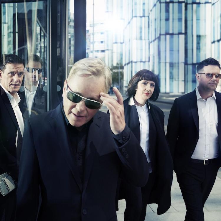 New Order anuncian recopilatorio con sus producciones a terceros