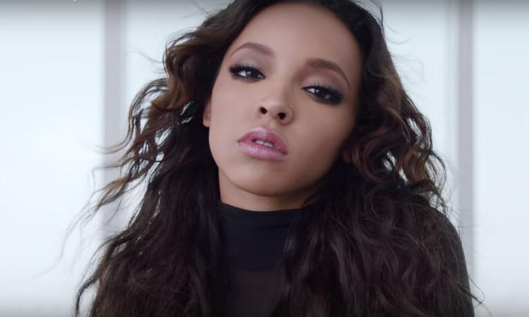 """Tinashe exhibe sus movimientos de baile en """"Player"""""""