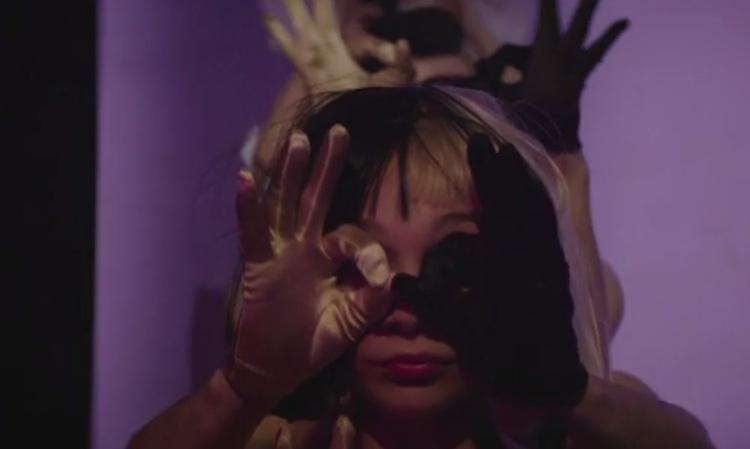 Sia llama a su bailarina de confianza para su nuevo vídeo