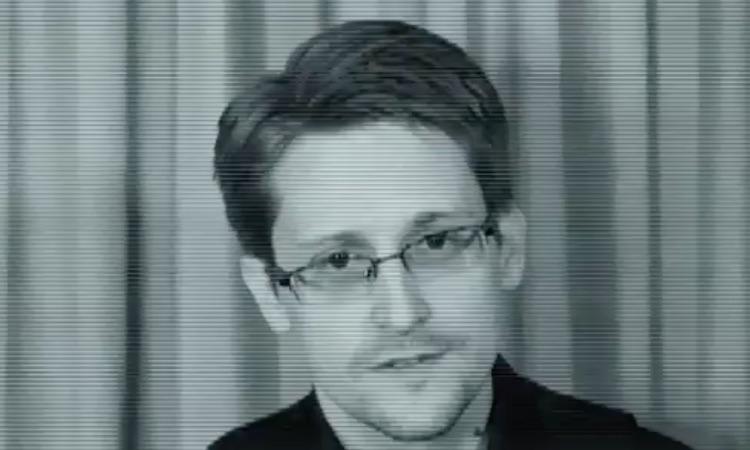Edward Snowden presta su voz a un tema de Jean-Michel Jarre