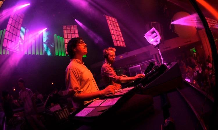 Brunch recibe la visita de Hot Chip en calidad de DJs