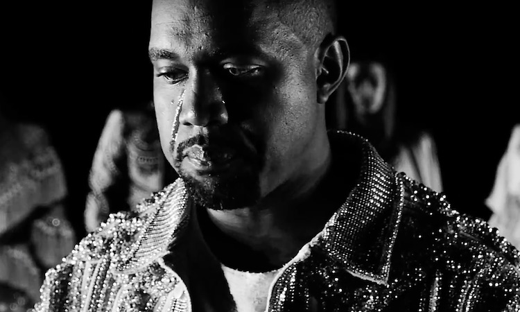"Kanye West comparte su videoclip fashion para ""Wolves"""