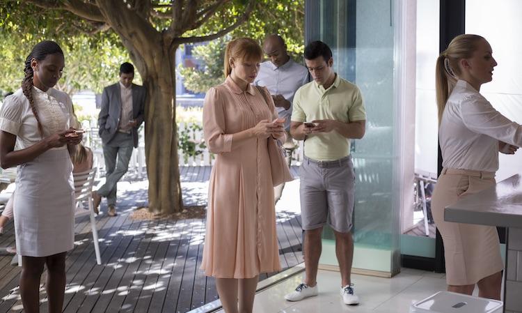 """Netflix quiere que borres tus perfiles sociales: vuelve la tecnoparanoia de """"Black Mirror"""""""