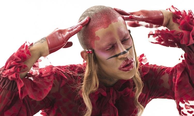 Mykki Blanco monta una orgía de realidad virtual para su nuevo clip