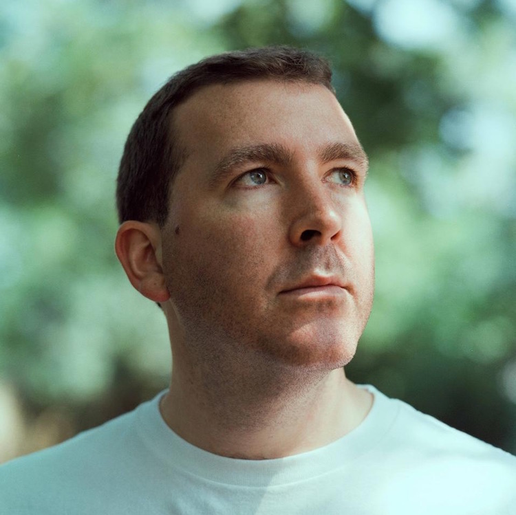 Joe Goddard recorre los caminos de la música electrónica en su nuevo LP