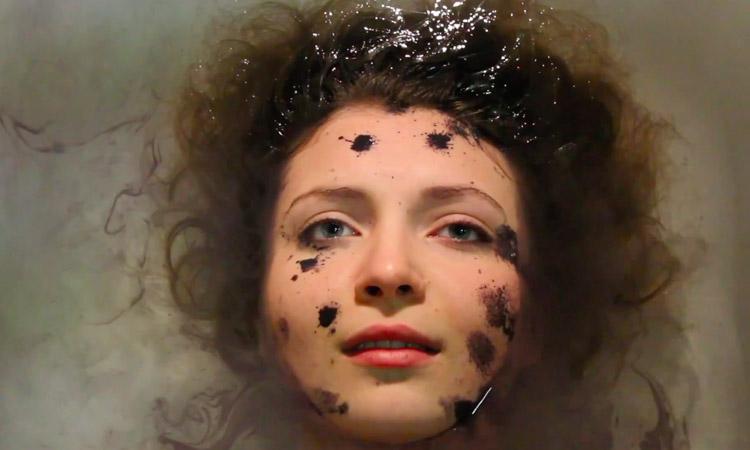 """mAthe fabrica pop alternativo y electrónico en """"Supernova"""""""