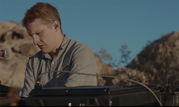 Floating Points traduce el desierto de Mojave en imágenes y sonido