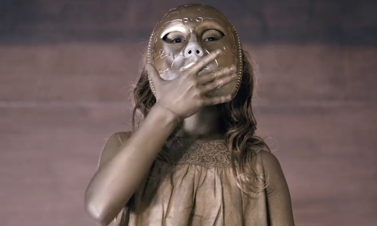 """11 años después, el """"Domino"""" de Oxia ya tiene videoclip"""