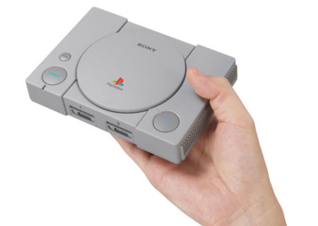 PlayStation se apunta a la moda mini