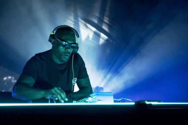 Idris Elba también será DJ en una serie de Netflix