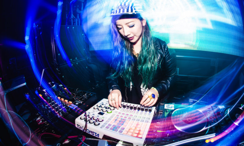 Este documental explora el desequilibrio de género en la música electrónica